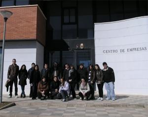 Imagen Alumnos del  I.E.S. Pedro Mercedes visitan el Centro de ...